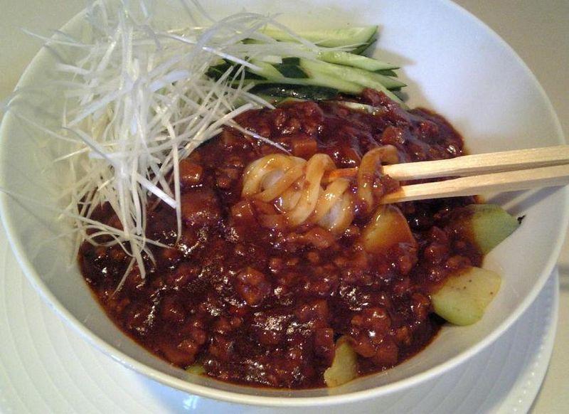 ジャージャー麺2